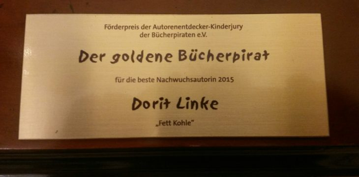 Goldener Bücherpirat